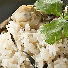 牡蠣とひじきの炊き込みごはん