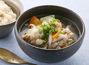 手羽元の参鶏湯風スープ