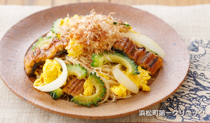 鰻とゴーヤの素麺チャンプルー