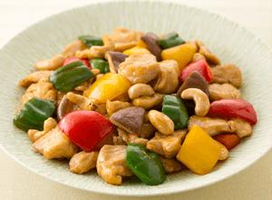 鶏肉とパプリカのカシューナッツ炒め